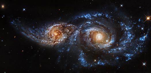 Chandra :: Photo Album :: NGC 2207 :: December 11, 2014