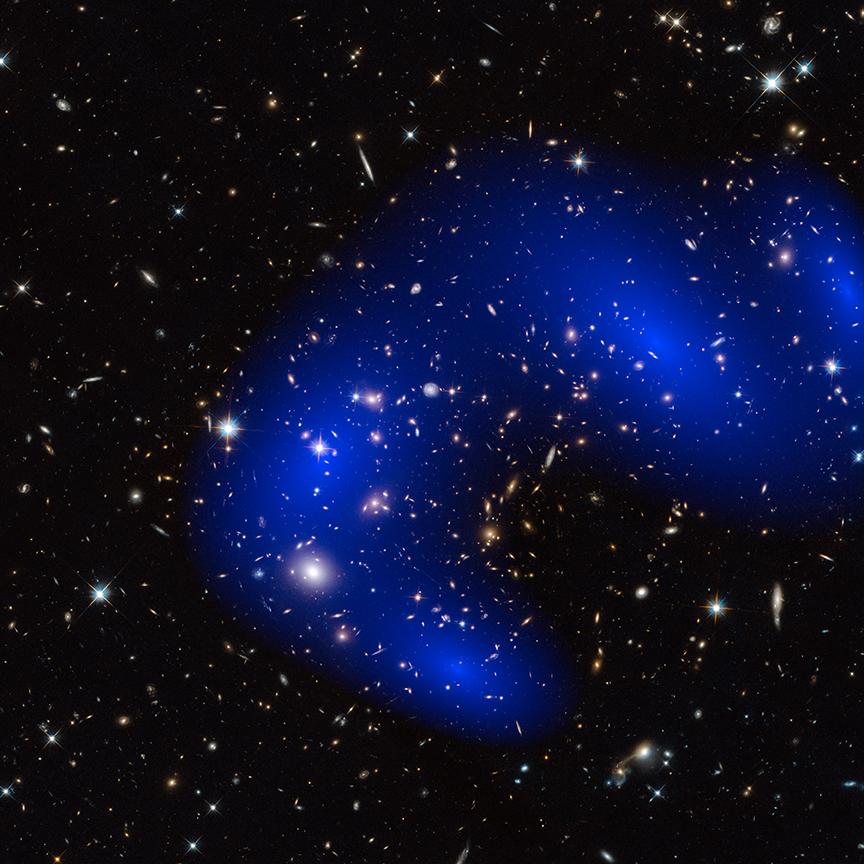 Темная материя в действительности оказалась еще более темной